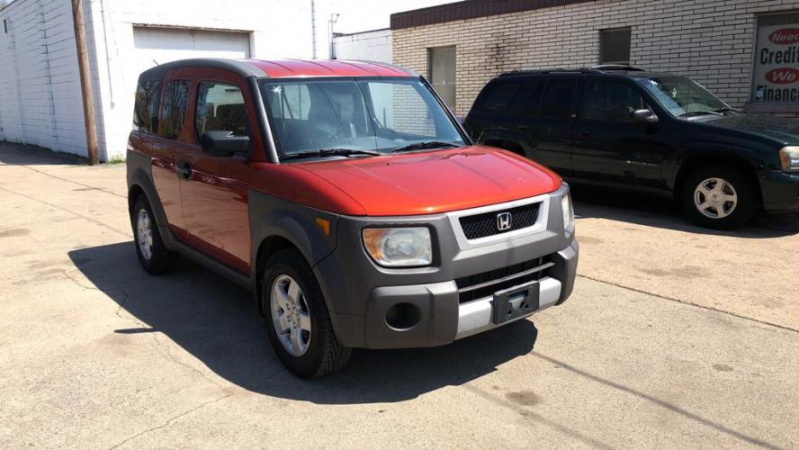 2004 ORANGE HONDA ELEMENT EX (5J6YH28544L) with an 2.4L engine, Automatic transmission, located at 151 Alpine Road, Rockford, IL, 61108, (815) 398-5010, 42.212986, -89.029320 - Photo #0